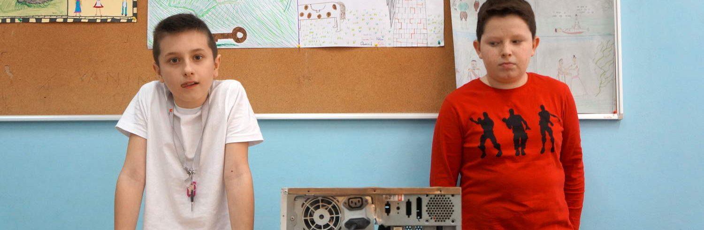 Niko Furjan – mladi elektroničar